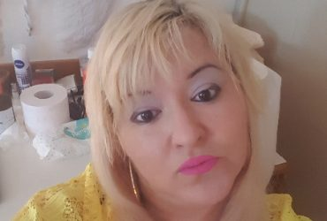 Alessia bella bionda bulgara completissima per voi baciiii