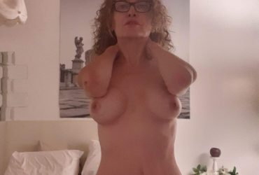 NON SONO A BOLOGNA LAURA PORNOSTAR SOLO VIDEOCHIAMATE NON INCONTRI
