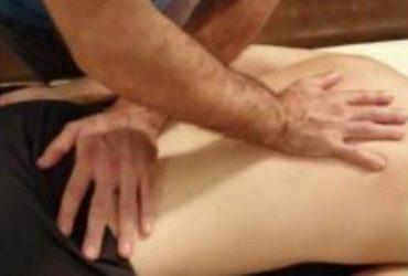 Massaggiatore professionale ayurvedico olistico e decontratturante sportivo